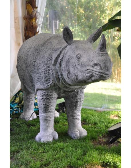 Rhinocéros en résine