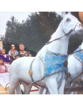 Cheval blanc en résine