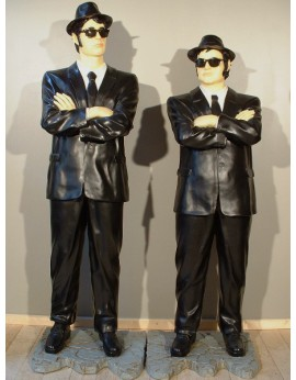 Statues Blues Brothers