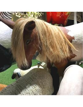 Poney en résine