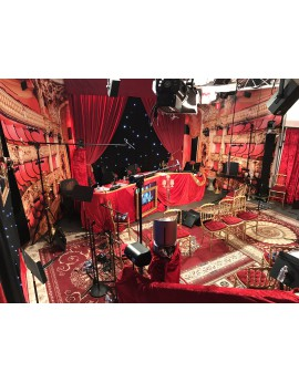 Décors scène d'opéra - RADIO VIRGIN TONIC