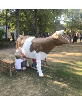 Animation vache à traire