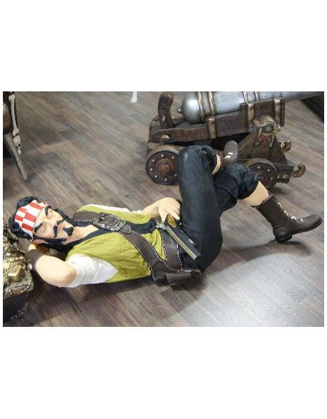Statue pirate endormi