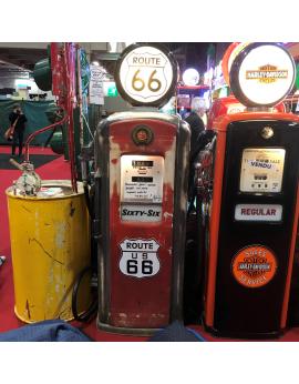 Pompe à essence d'époque