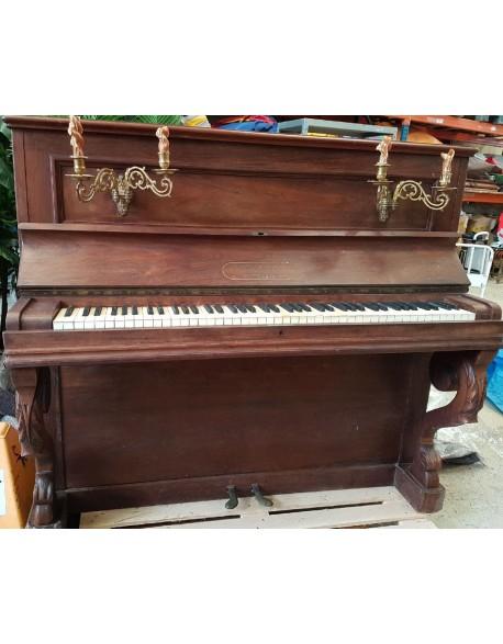 Piano western