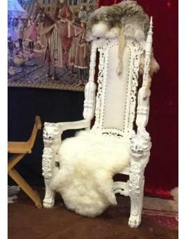 Location trône blanc médiéval