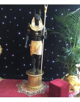 Location statue Anubis dieu d'Egypte sur socle