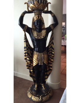 Location statue d'un Egyptien porte-vase